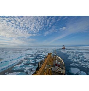 Satellites Guide Ships in Icy Waters through the Cloud