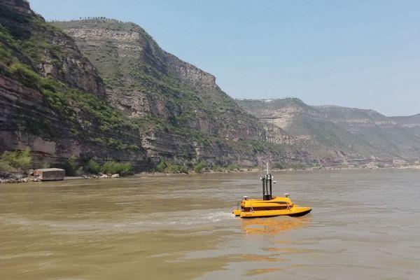 ME120 USV navigates autonomously to perform mapping task.