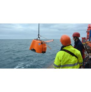 Seismic Activity Data Collection on the Ocean Floor