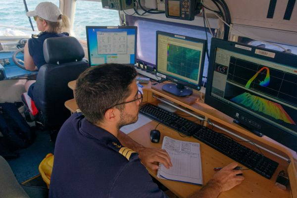 Work on board a survey boat of BHO Beautemps-Beaupré. (Courtesy: Marine nationale – J. Braescu)